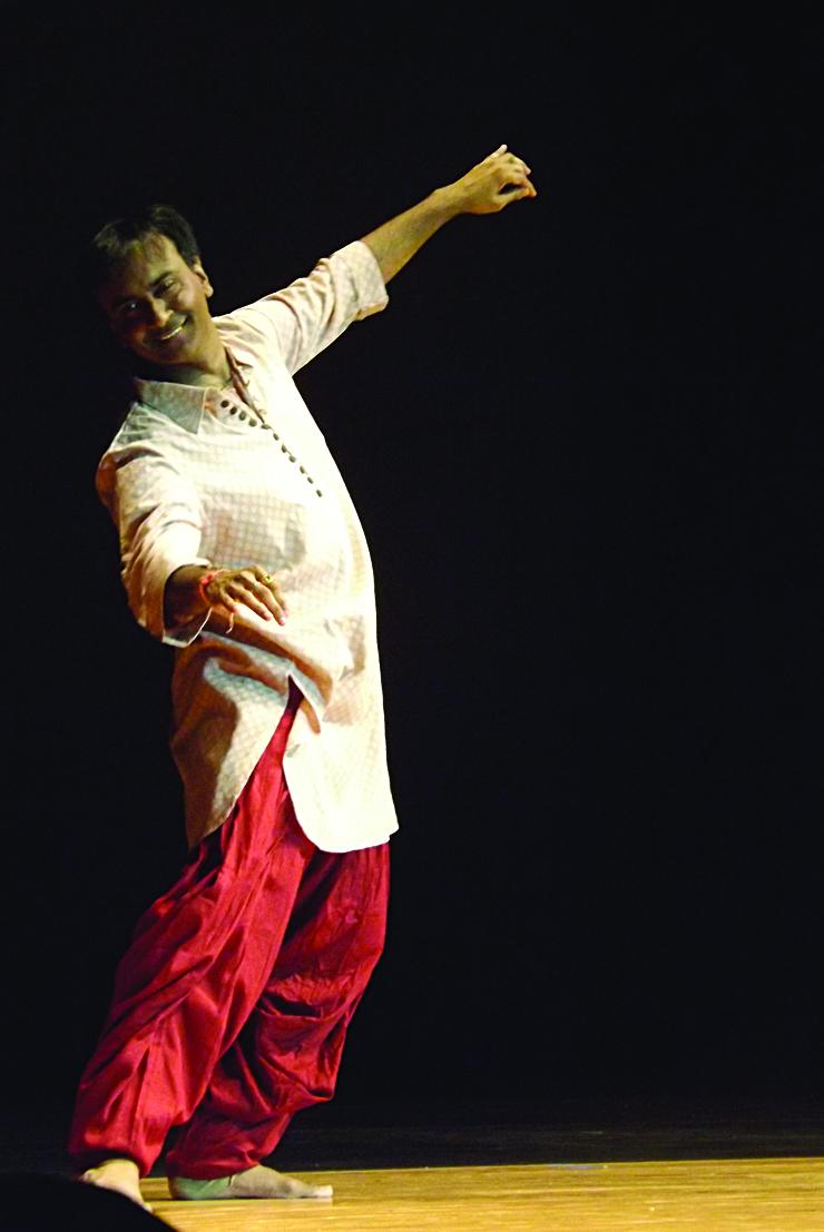 Dancers performing 4