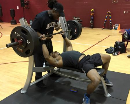 bench press competition